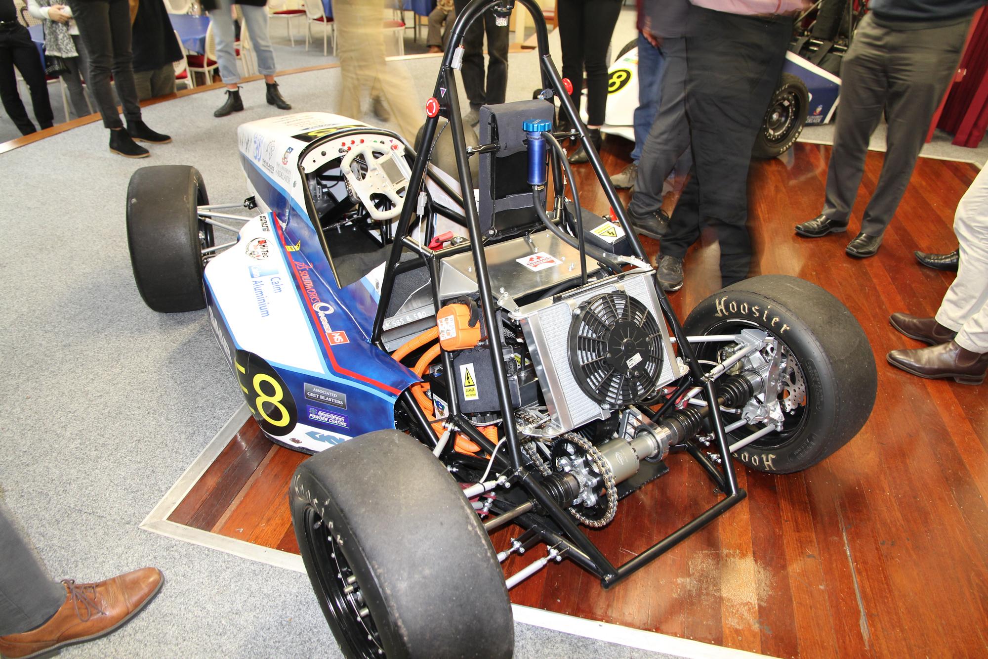 Adelaide-Uni-Formula-SAE-Blog-2.jpg